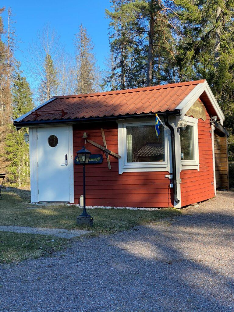 Small overnight-cottage