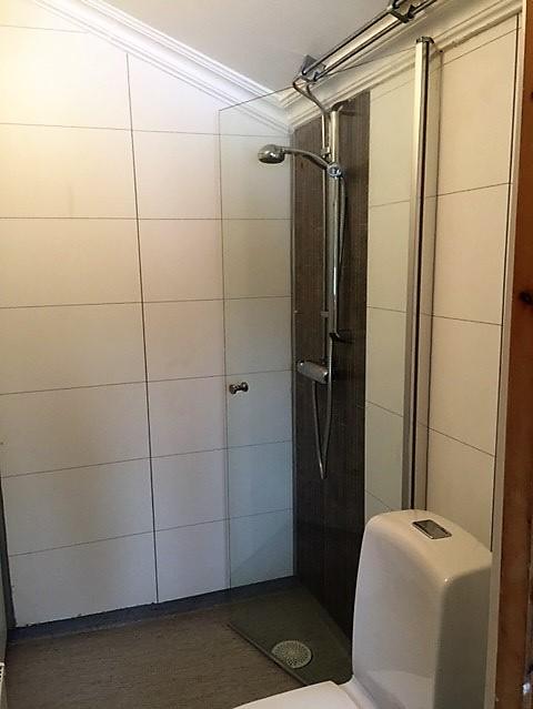 Bathroom in year-around-cottage